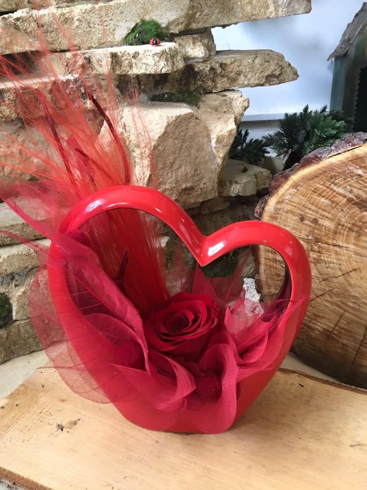aranjament floral Valentine`s Day