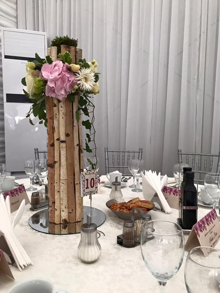 aranjamente florale masa nunta