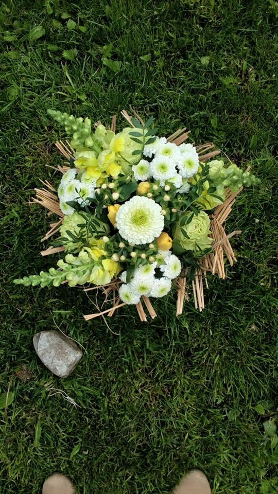 buchet flori martie